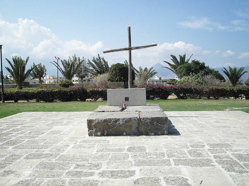 Kazancakis'in Kandiye'deki mezarı - Zorba